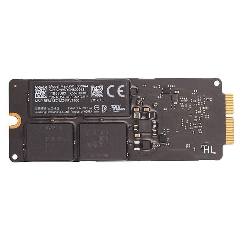 CoreParts MS-SSD-1TB-STICK-02 1TB SSD for Apple